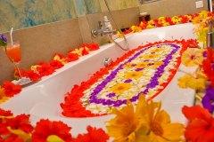 Blütenbad zum Abschluss der Ayurveda Kur
