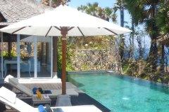 Die Terrasse der Sea Villa in Shunyata Villas Bali