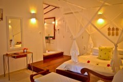 Der Wohnbereich im Superior Zimmer 1 der Ayurveda Shunyata Villa ~ Sri Lanka