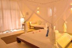 Junior Suite 3 Schlaf- & Wohnraum der Ayurveda Shunyata Villa
