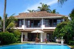 Die Ansicht vom Meer zur Ayurveda Shunyata Villa ~ Sri Lanka